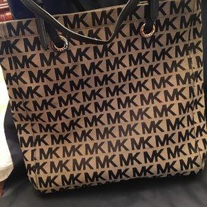 Large Michael Koors Handbag